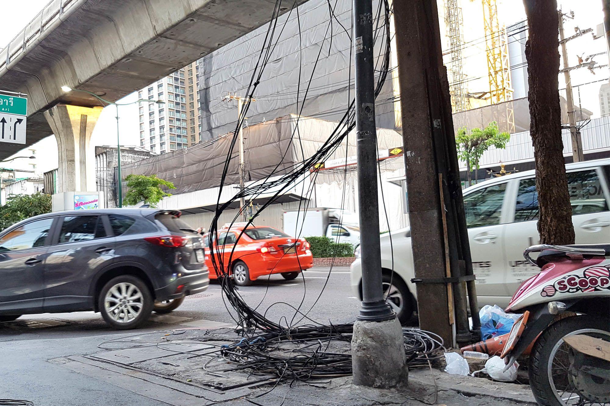 sukhumvit-road-cable-underground