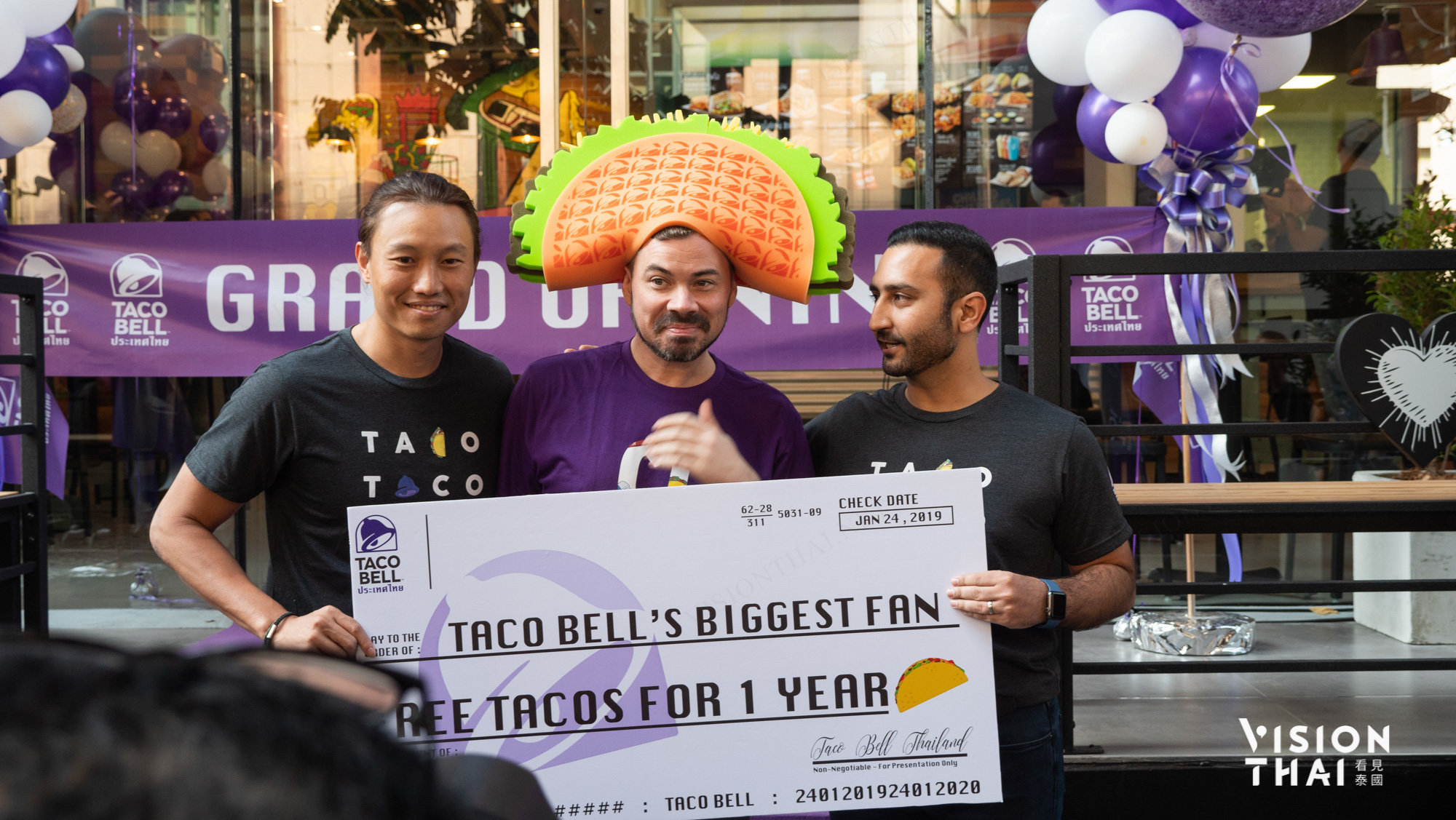 Lucky winner, One Year free taco offered by Taco Bell Thailand