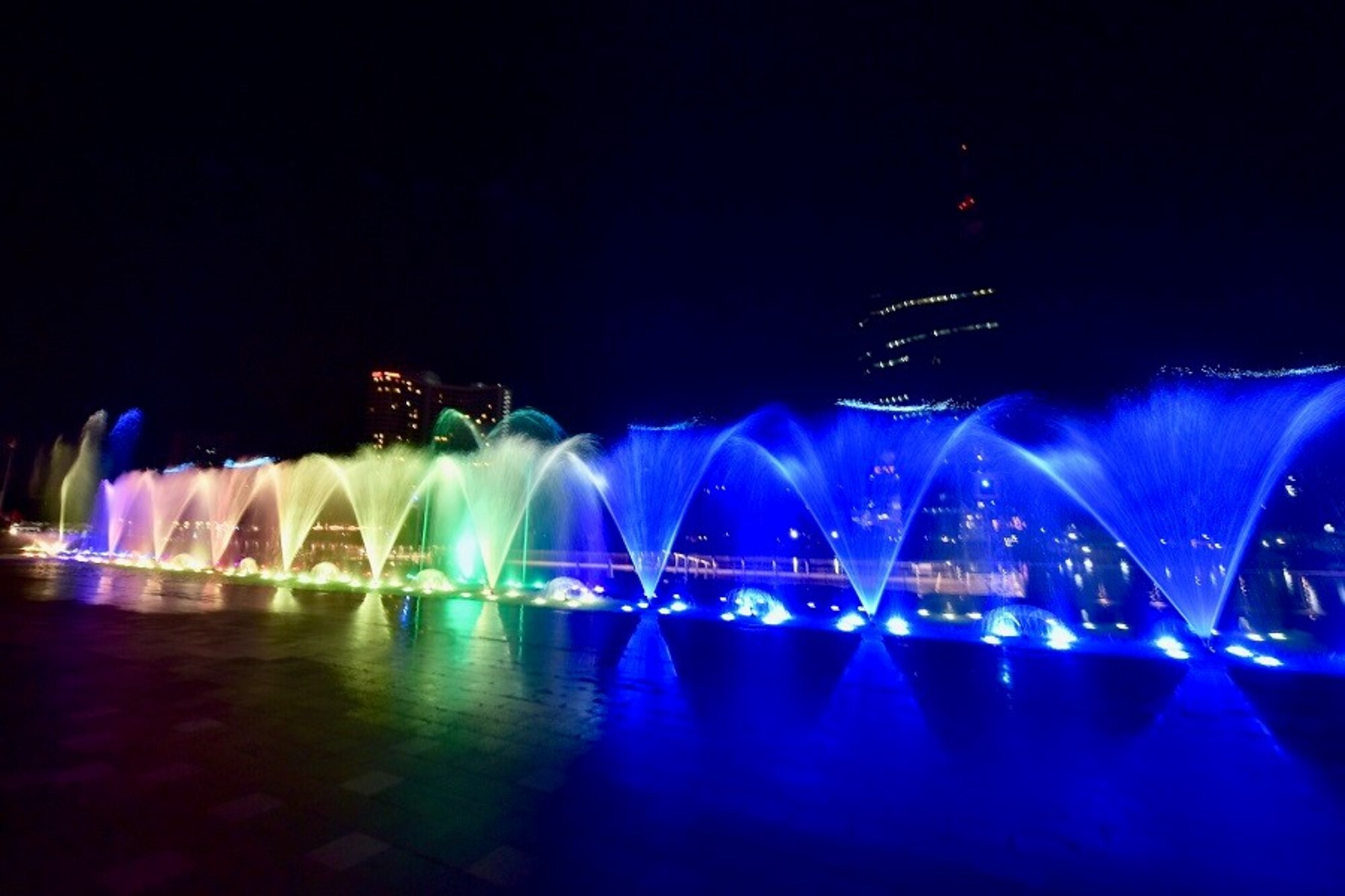曼谷ICONSIAM 聲光水舞表演(圖片來自:ICONSIAM)